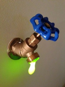The LED faucet light does not need to be plugged in to the wall.